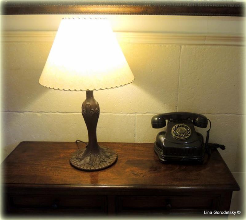 1-телефон (Medium)