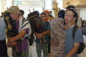 Flickr_-_Israel_Defense_Forces_-_The_Evacuation_of_Kfar_Darom_(6)