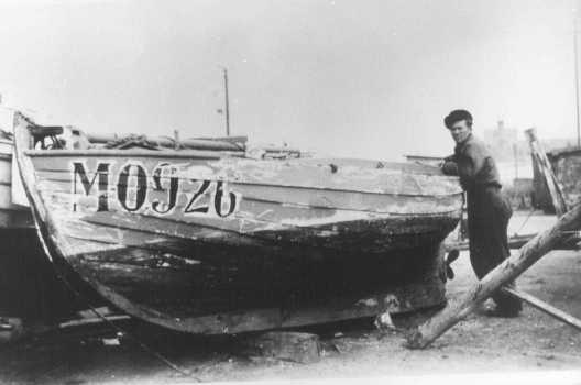 На этой лодке датские рыбаки перевозили евреев из оккупированной Дании в Швецию