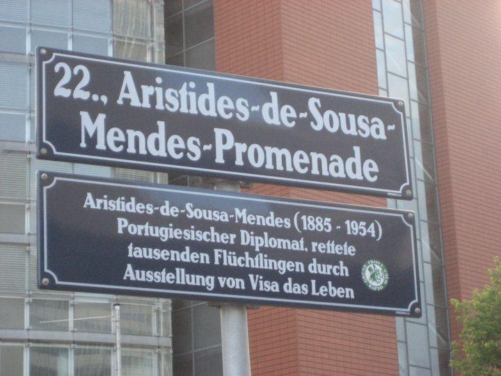 1280px-AristidesPromenade