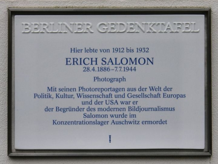 Gedenktafel_Erich_Salomon